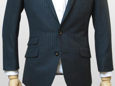 ジャケットの裾フレア